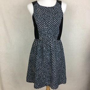 Kensie Sleeveless Dress Size Small NWT